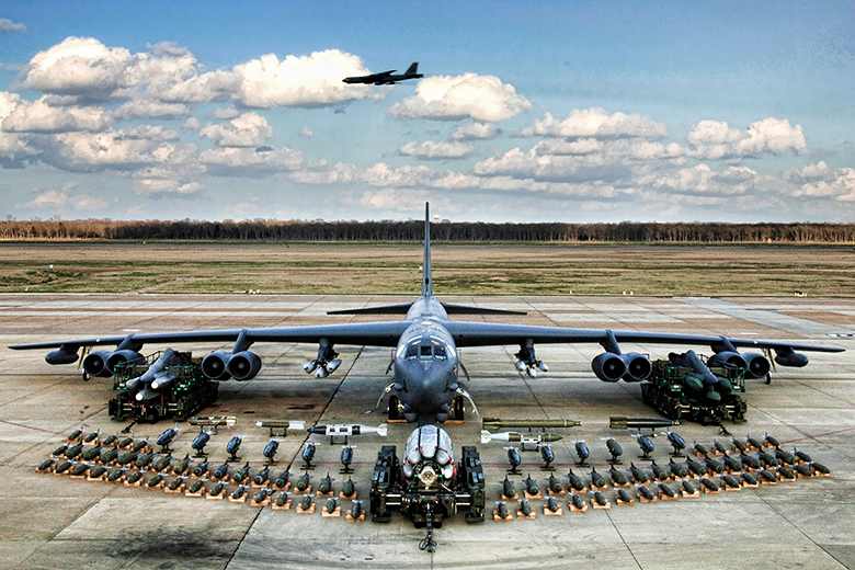 U.S. Air Force/Tech. Sgt. Robert J. Horstman // A U.S. Air Force Boeing B-52H Stratofortress of the 2d Bomb Wing static display with weapons, at Barksdale Air Force Base, Louisiana (USA), in 2006.